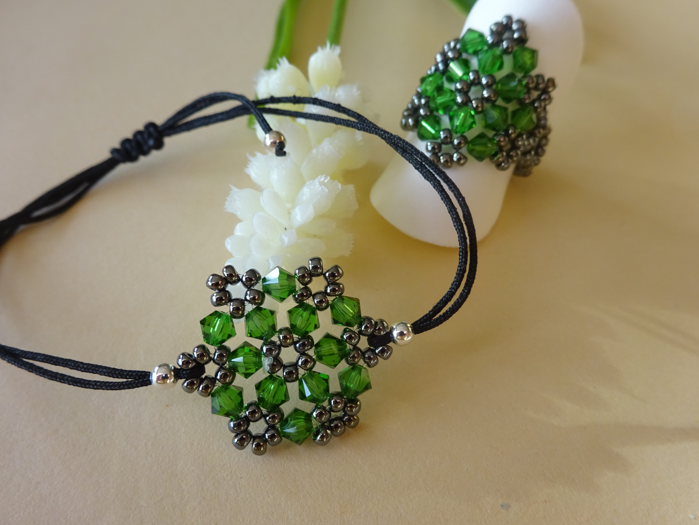 Swarovskiring mit Armband grün
